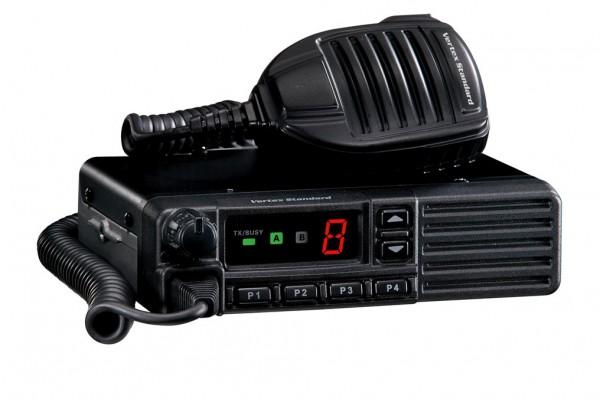 VX-2100E UHF 8K 400-470MHz Mobilfunkgerät